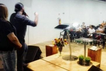 Equipe Técnica do Programa Família Acolhedora Confere Palestra em Instituição Religiosa